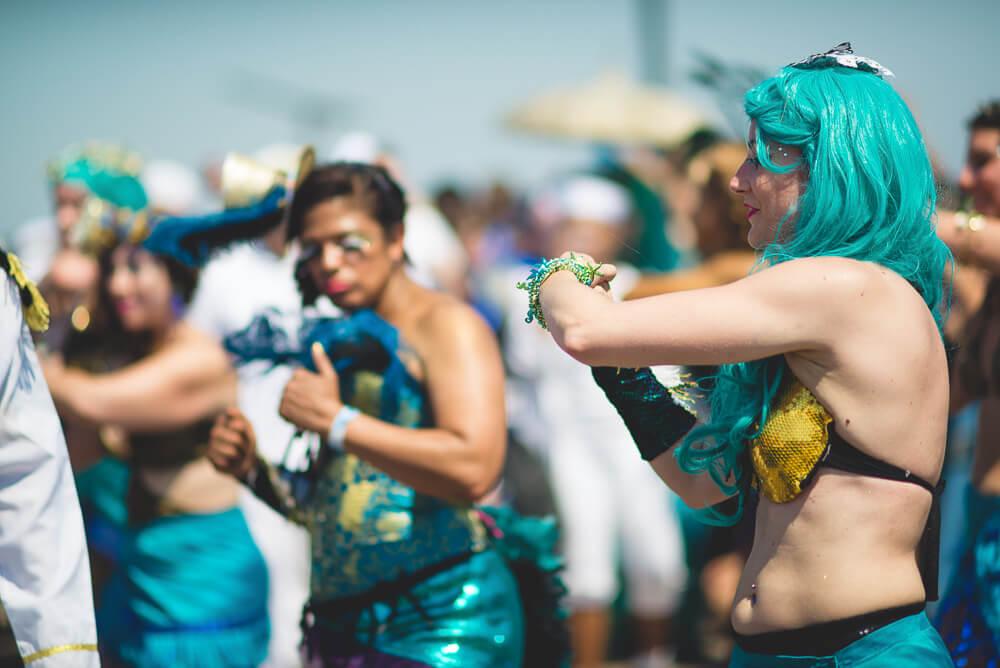 Coney_Island_Mermaid_parade-204.jpg