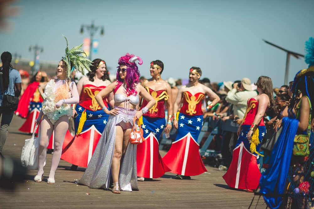 Coney_Island_Mermaid_parade-233.jpg