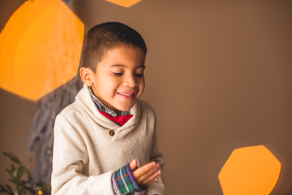 josh_mathew_holiday_mini_sessions_long_island_photography-0020.jpg