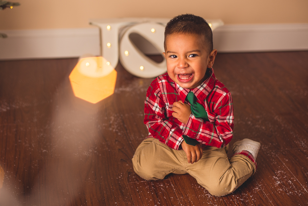 josh_mathew_holiday_mini_sessions_long_island_photography-0027.jpg