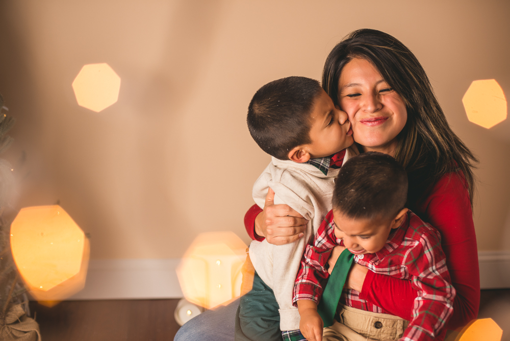 josh_mathew_holiday_mini_sessions_long_island_photography-0034.jpg