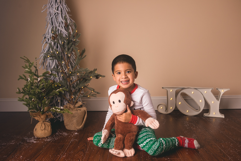 josh_mathew_holiday_mini_sessions_long_island_photography-0047.jpg