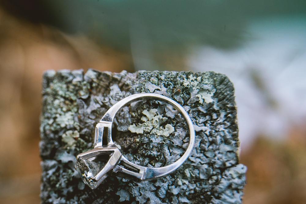 I'm_engaged_in_Maine_Ring_long_island_photographer-21.jpg