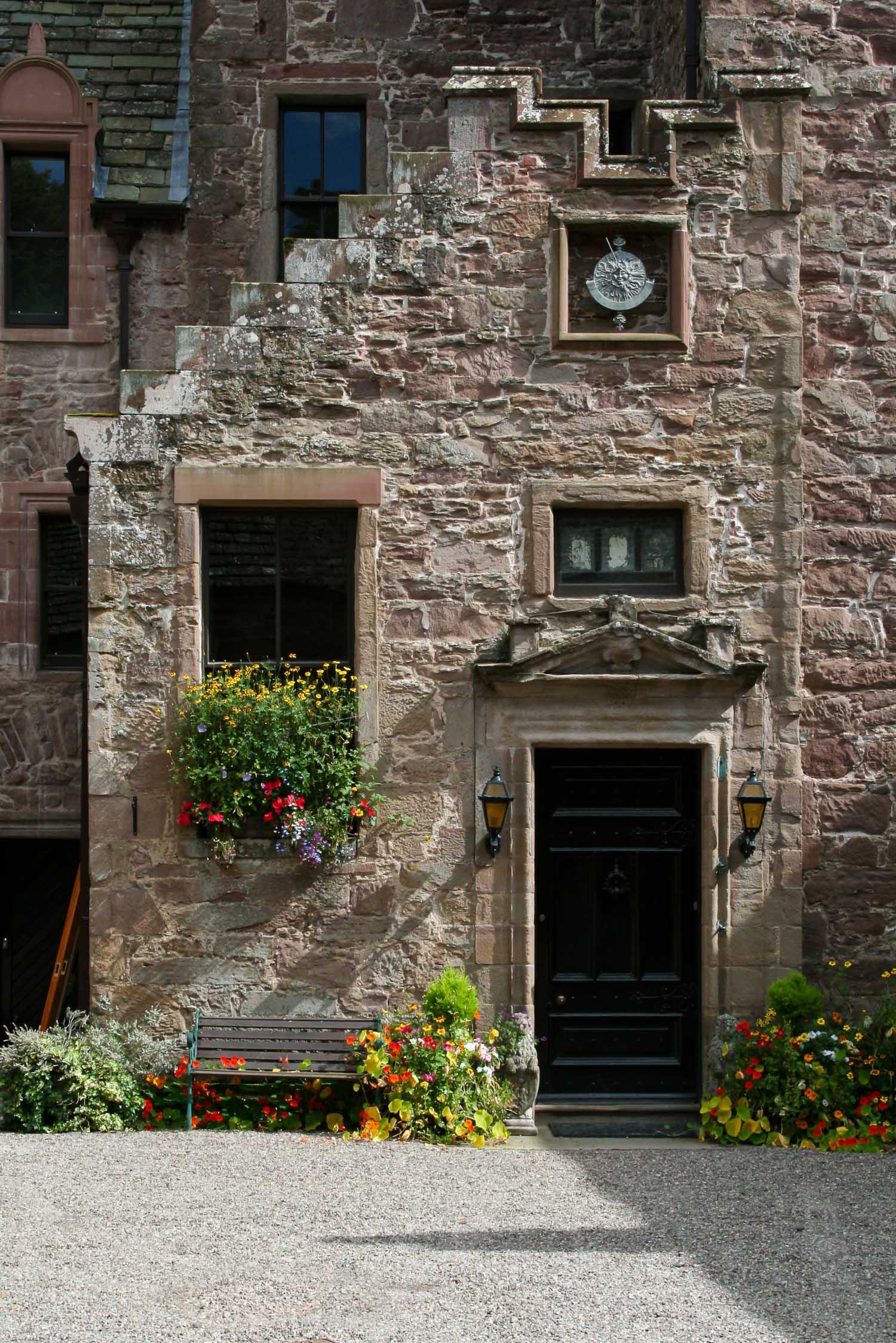 Best private house Kelly castle 1.jpg