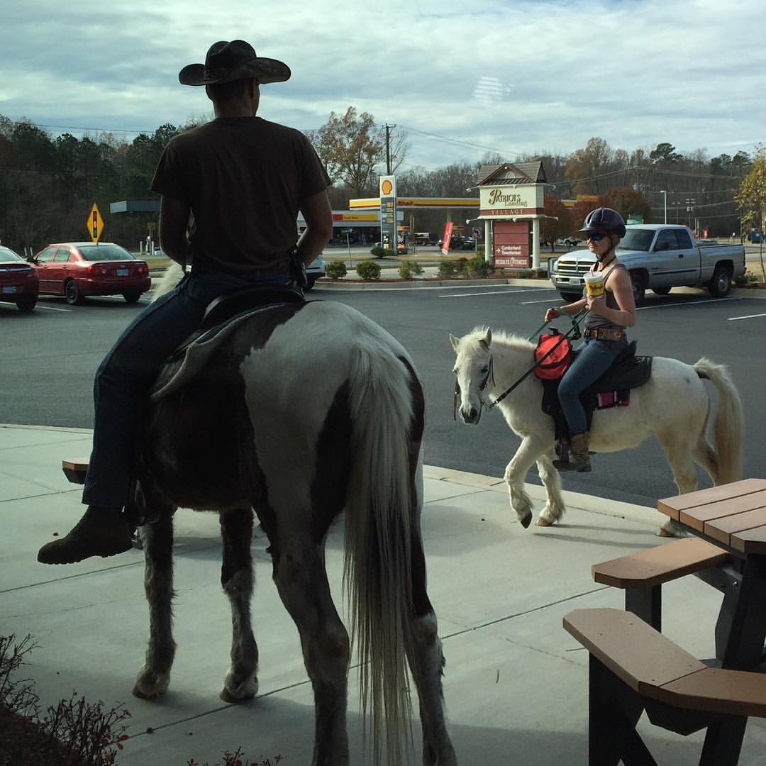 In New Kent, VA, riding a horse and/or pony does not preclude you from using the Bojangles drive-through. #TrotThrough (at Bojangles)