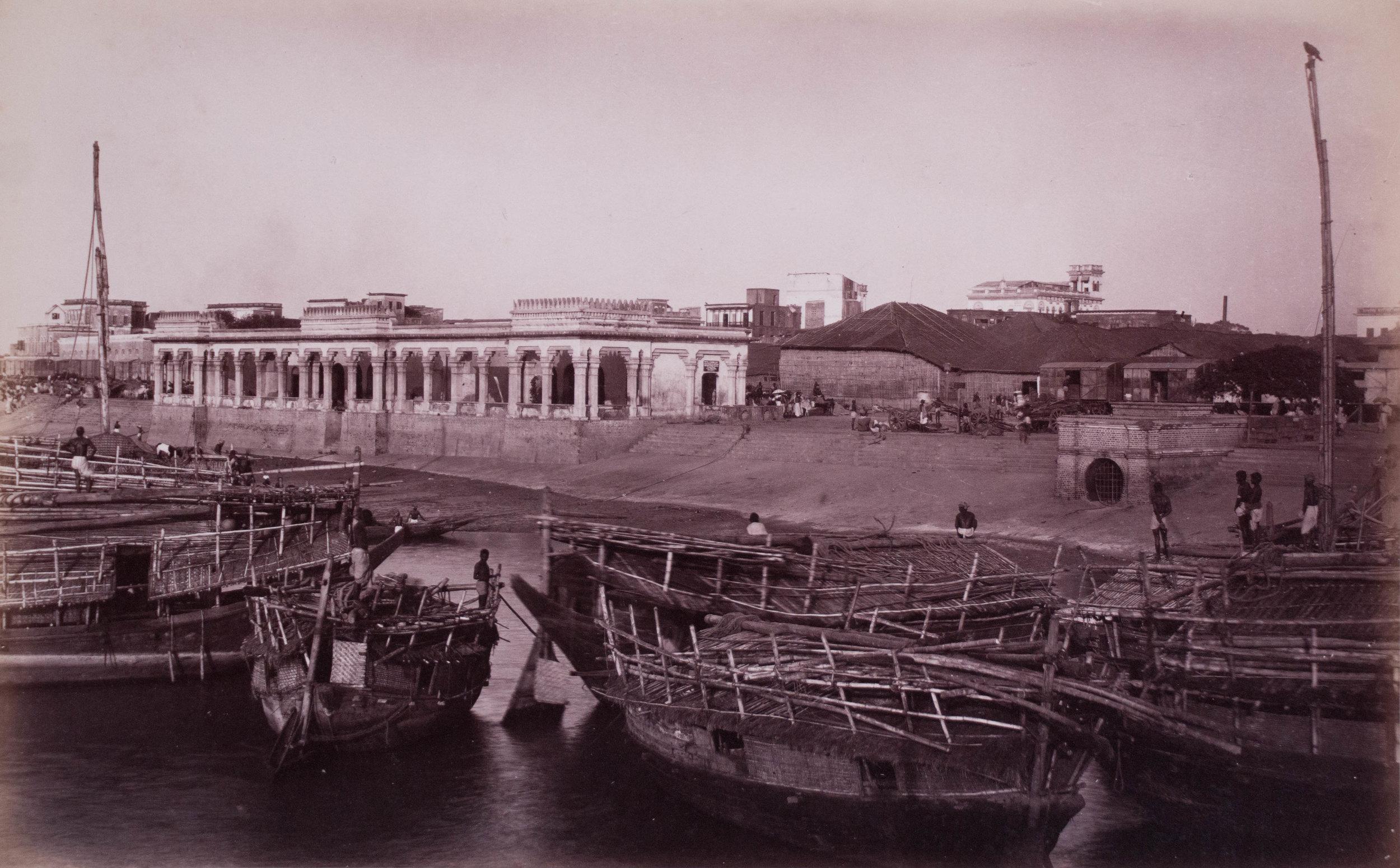 Vue du fleuve Hooghly et du Ghat de crémation