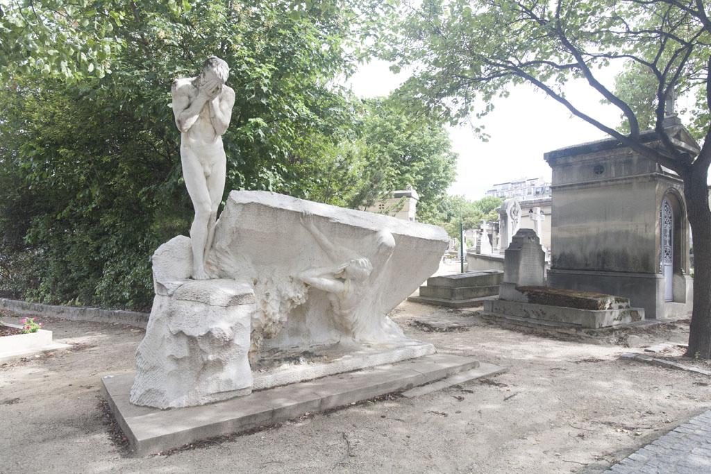 Family Tomb in Parisian Cemetary © Mario Julio Georgiou 2016