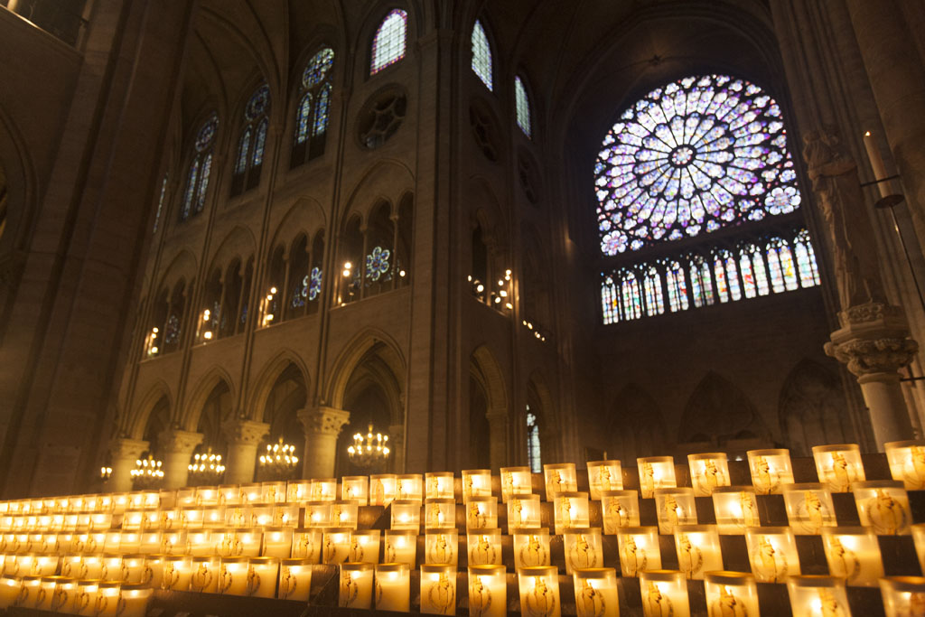 Votive Candles at Notre Dame Cathedral - © Mario Julio Georgiou 2016