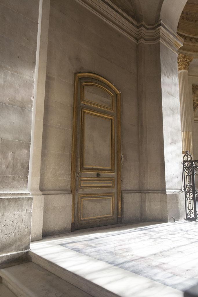 A doorway inside Napoleons Tomb - © Mario Julio Georgiou 2016