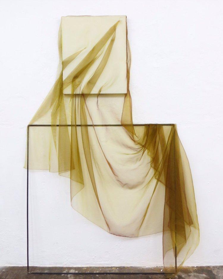 Rosalind Davis - Free Fold (Fabric, Thread, Canvas and Steel works 2016)