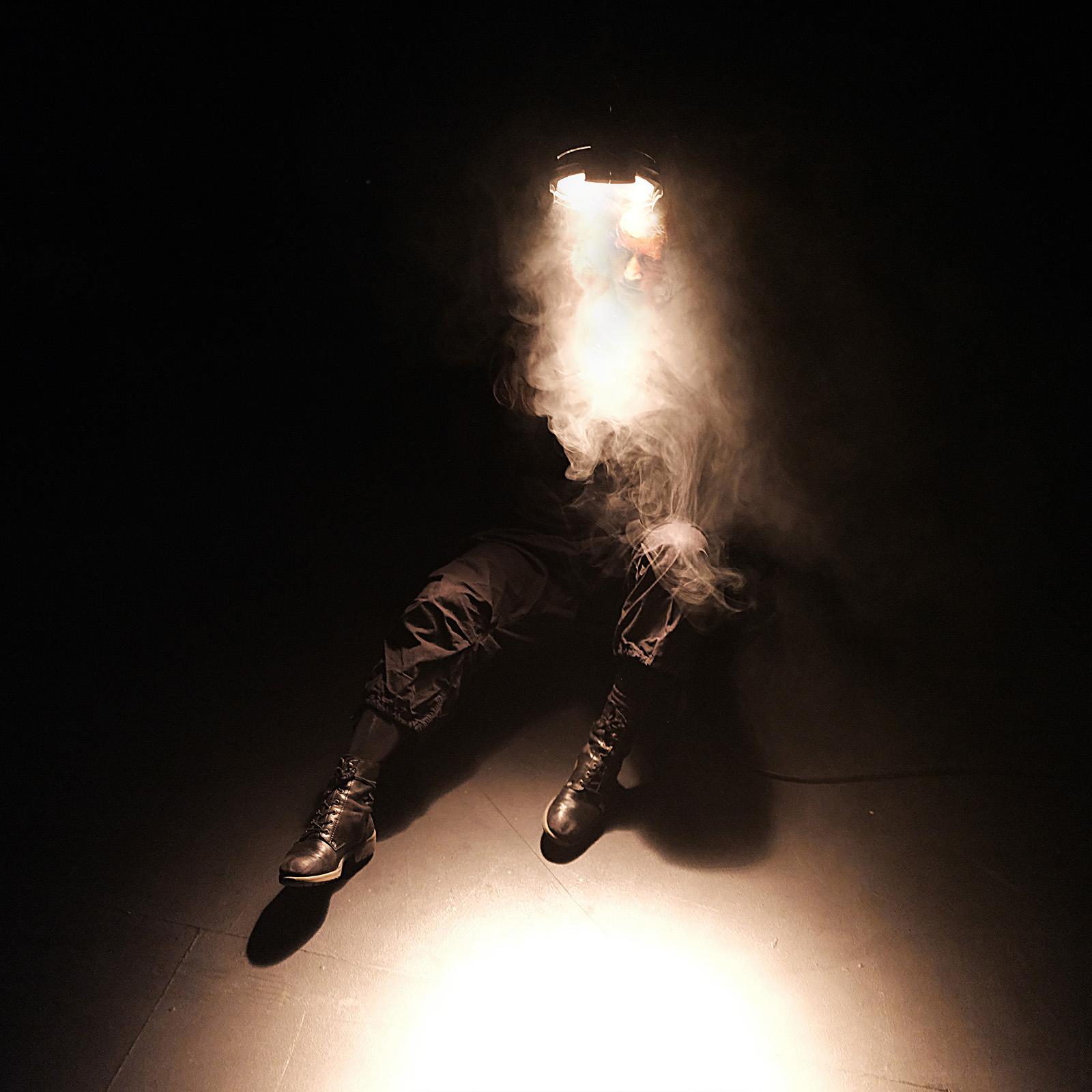 """Me Too"" music and dance. Concept: Kristin Ryg Helgebostad and Laura Marie Rueslåtten, © Rino Pucci for Fest en Fest, international festival of expanded choreography."