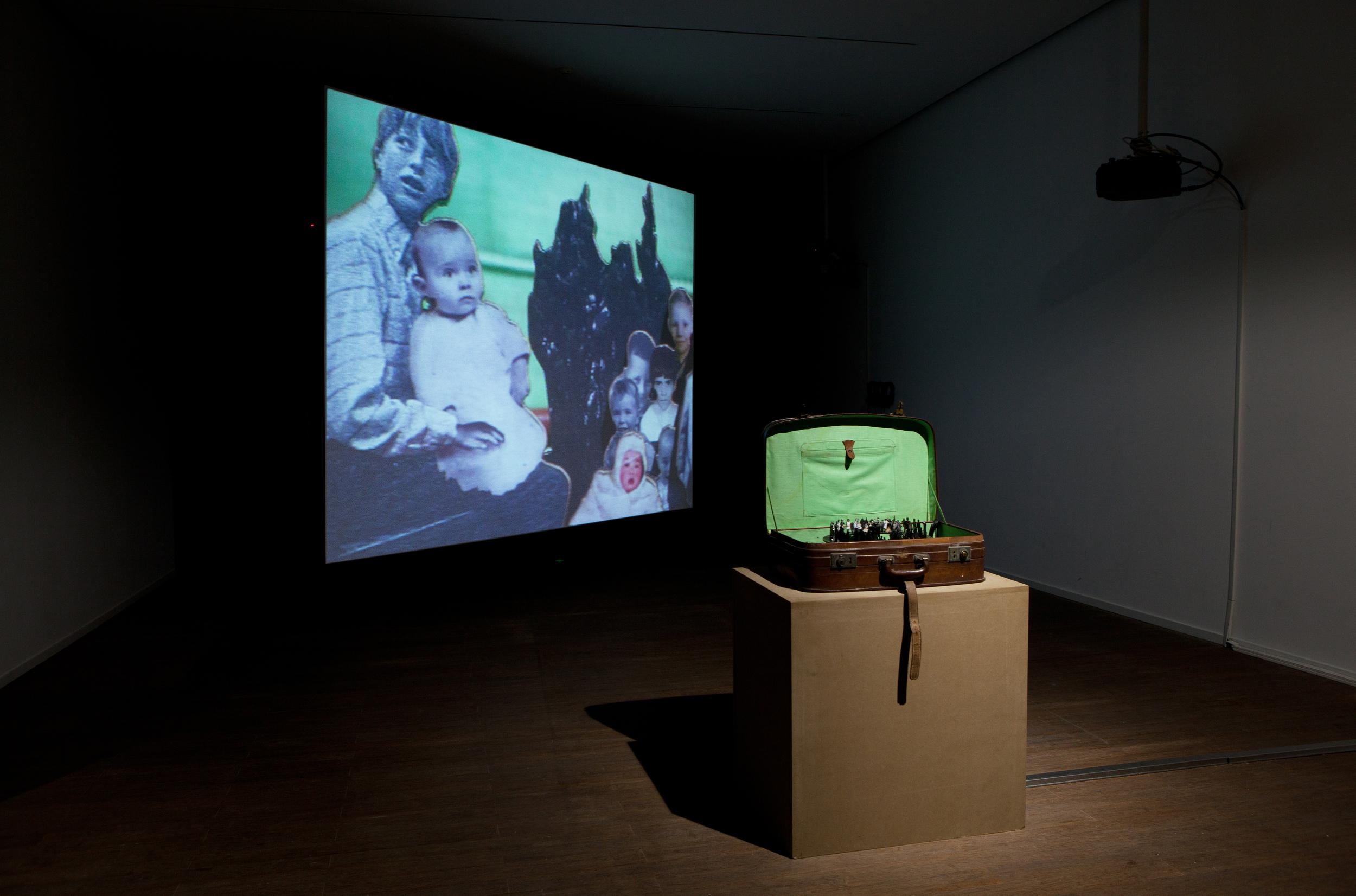 Hu Weiyi 胡为一 Pulp Landscape III,   2014, Video Installation