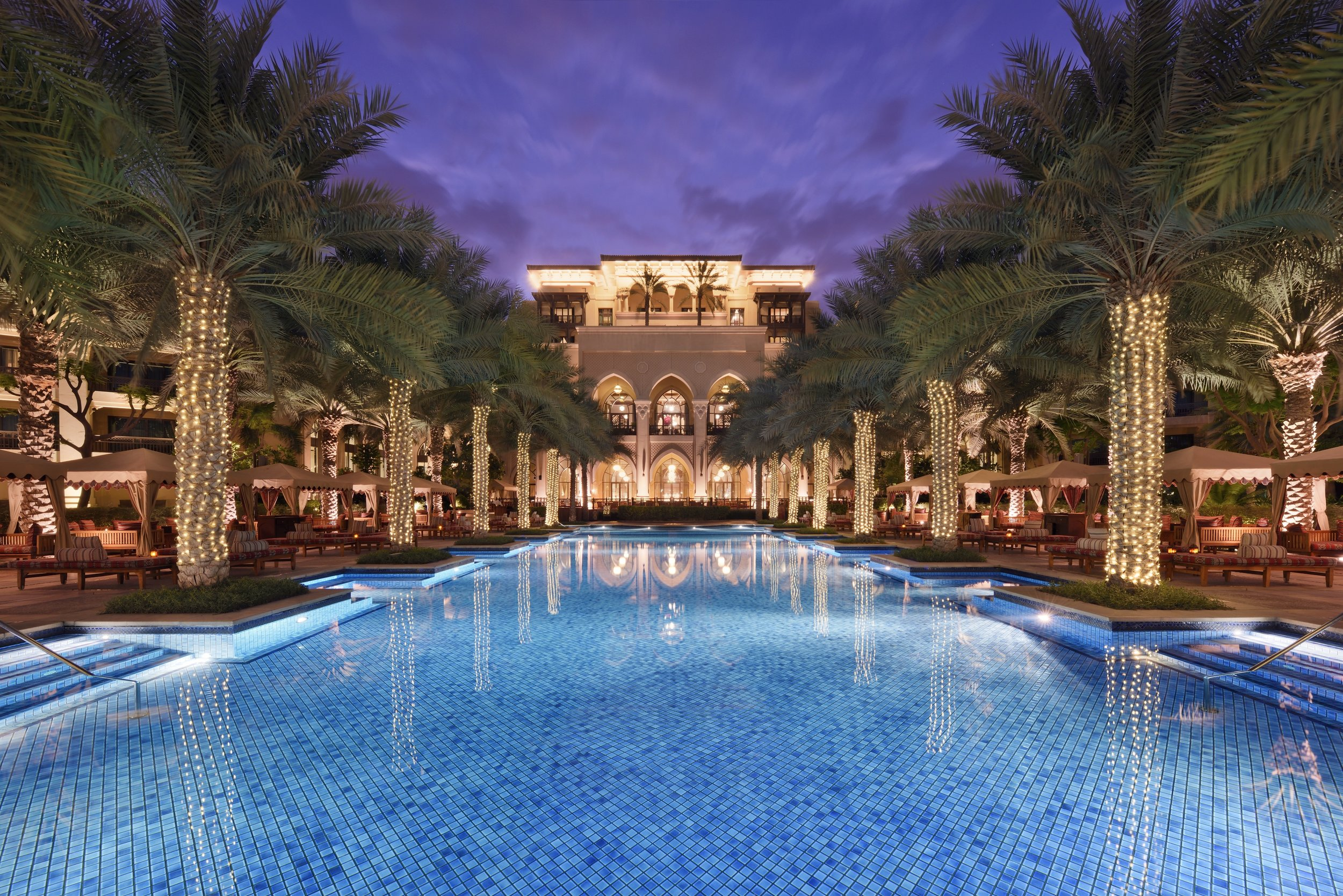 The Palace Downtown Dubai Poolside_Ewaan Lounge.JPG