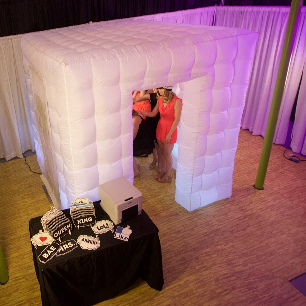The Inflatable Enclosed Booth