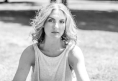 Jennifer .jpg