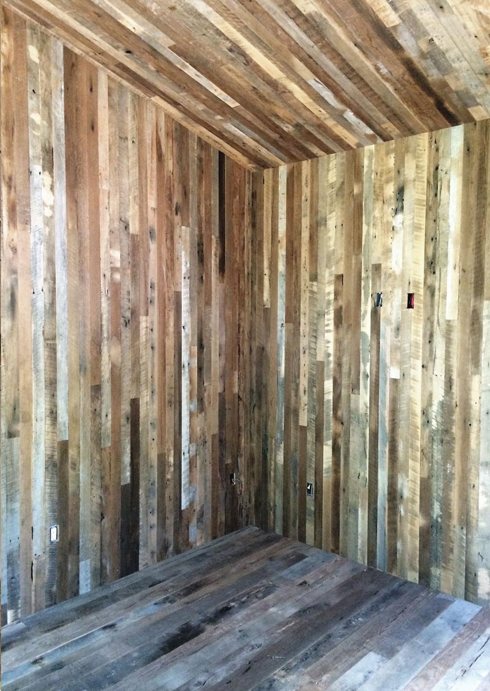 shed-int-walls.jpg