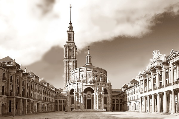 1st PRIZE | 1er PREMIO   Restauración Torre y Plaza Universidad Laboral, Gijón | Asturias  Completed | Completado
