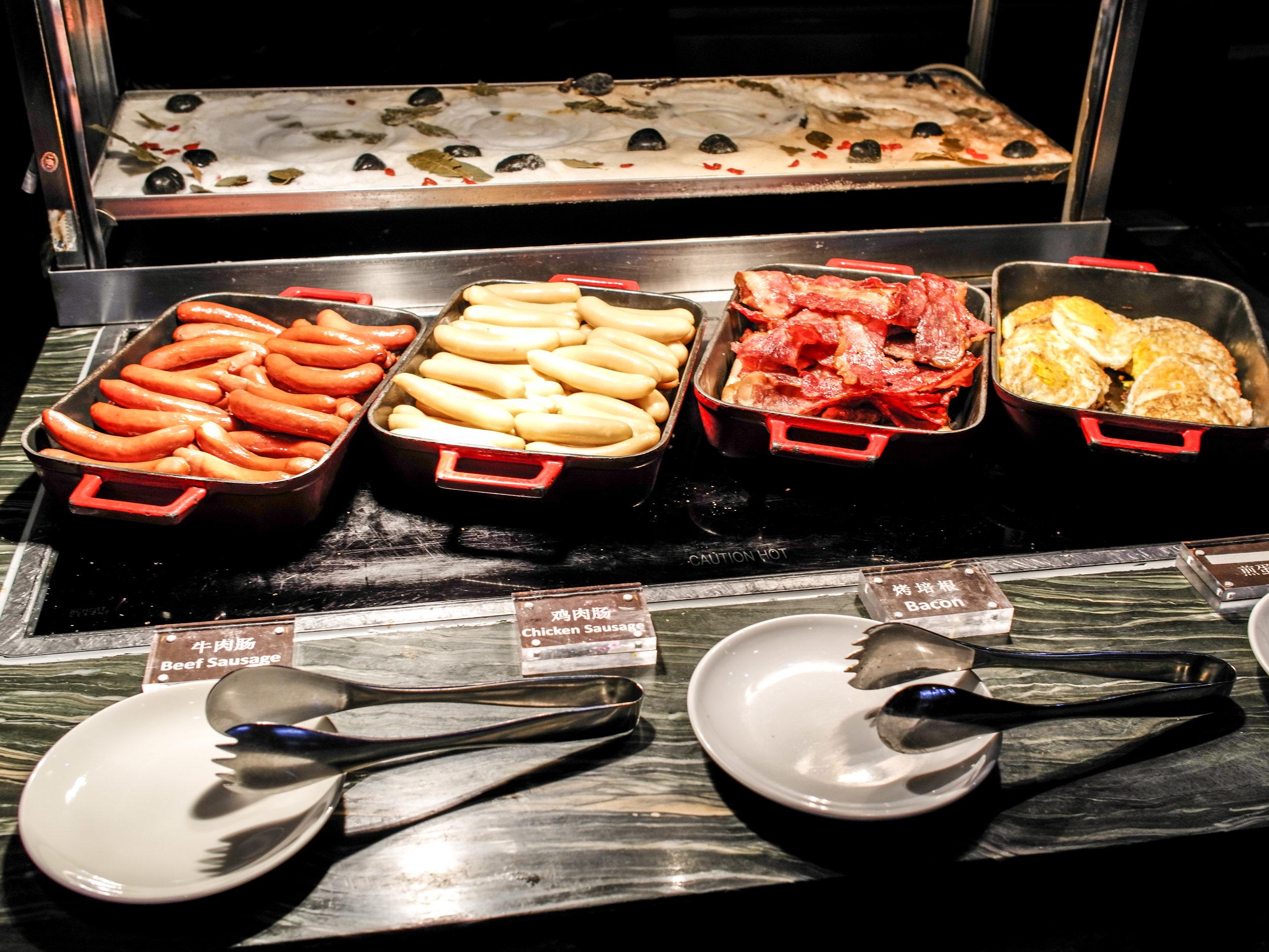 Ani's Kitchen - breakfast buffet
