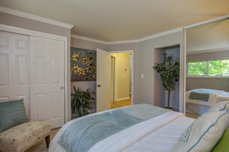 14245 Lora Dr Unit 10 Los-large-017-14-Bedroom-1500x999-72dpi.jpg