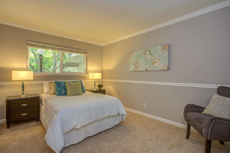 14245 Lora Dr Unit 10 Los-large-019-20-Bedroom-1500x998-72dpi.jpg