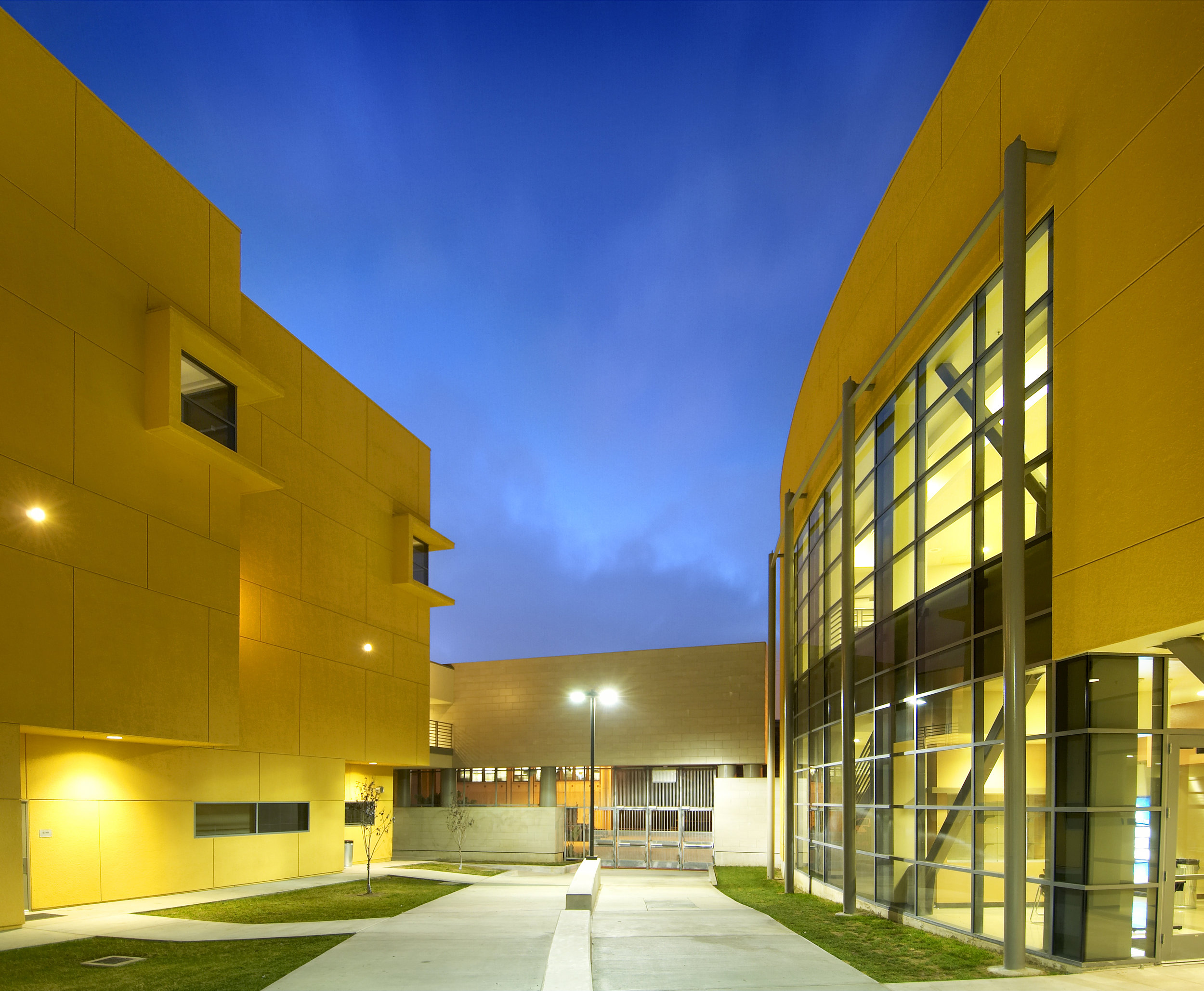 LAUSD Santee Education Complex