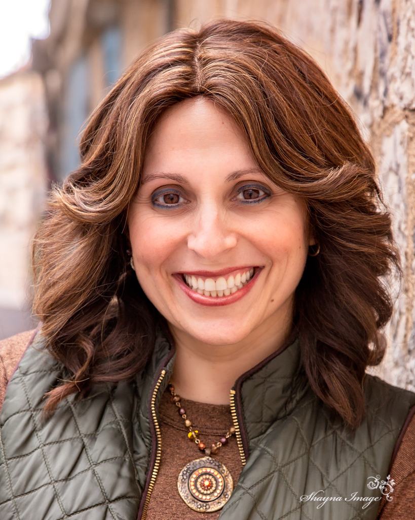 Aleeza Ben Shalom Headshots-.jpg
