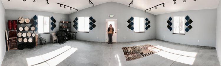 Meggie offers the main room of her studio as a rental space - call with inquiry.