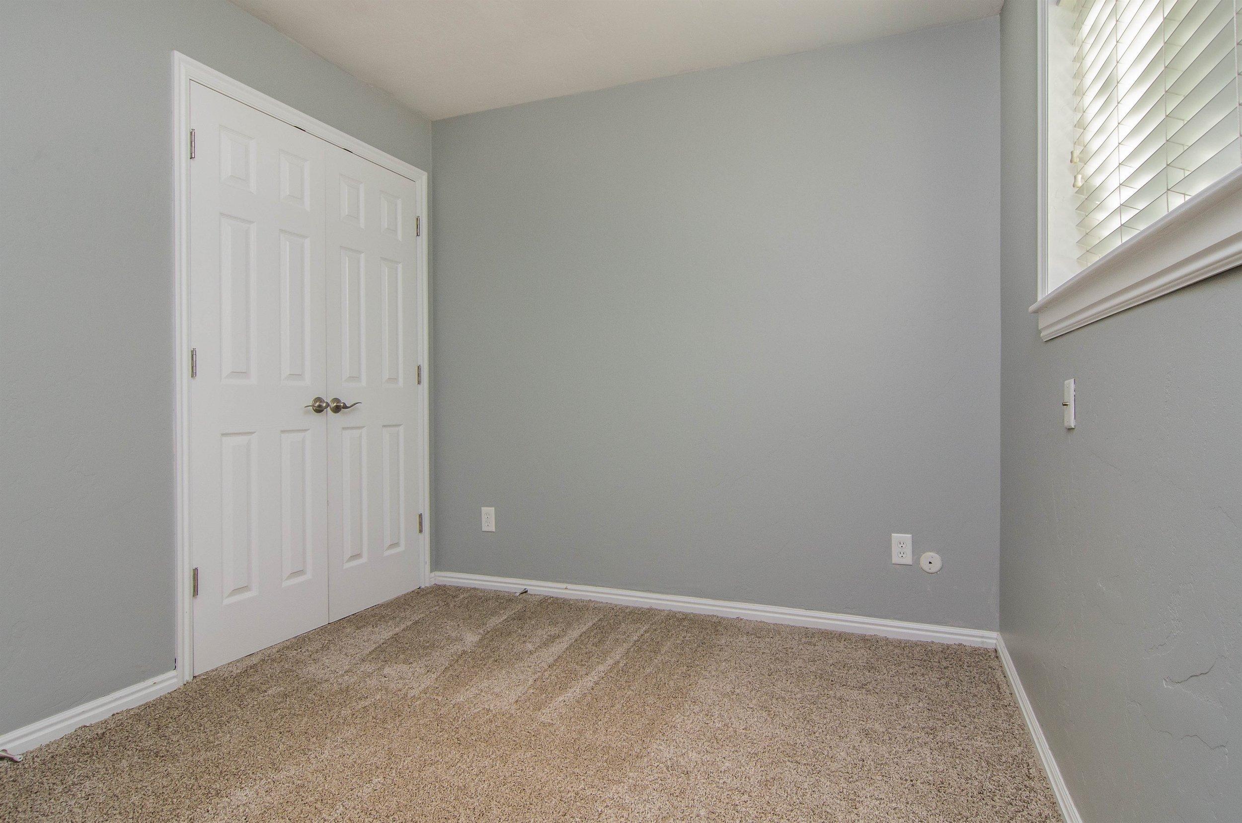 018_Bedroom .jpg