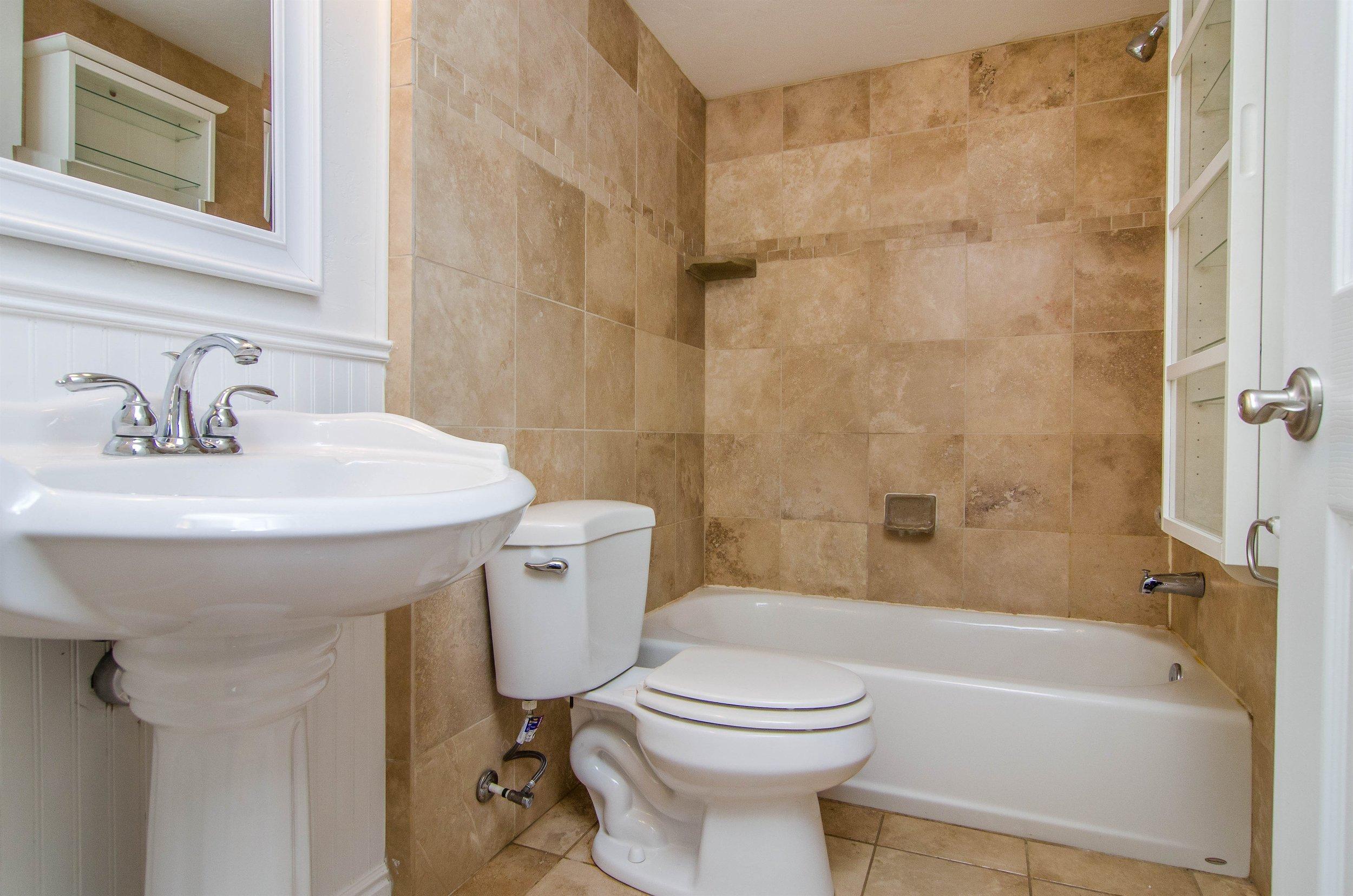 021_Bath.jpg