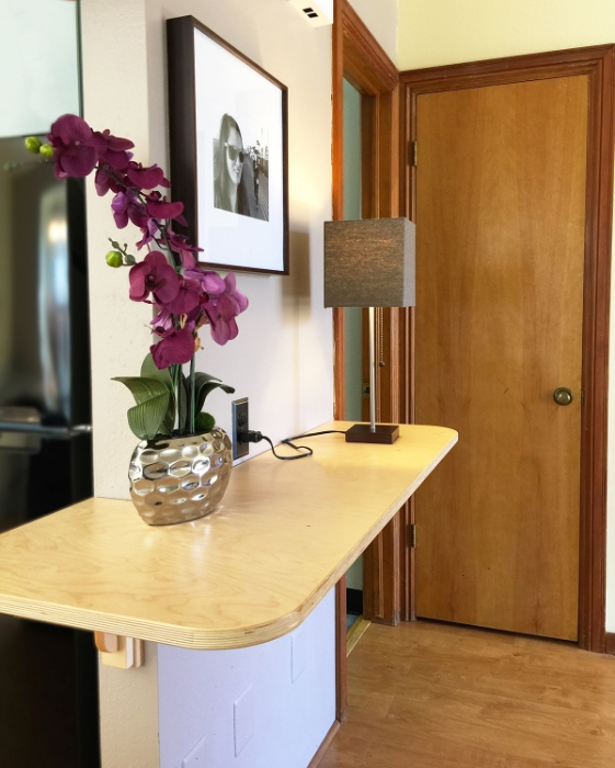 remington flats_fort collins_hotel_studio C_welcome_table.jpg