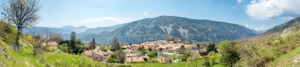 Gréolières: The alps in the spring is a pure delight, what was once a ski paradise becomes a hiking heaven in spring. As the snow melts it uncovers the blooming rolling nature trails around wild pure fresh flowing mountain rivers.