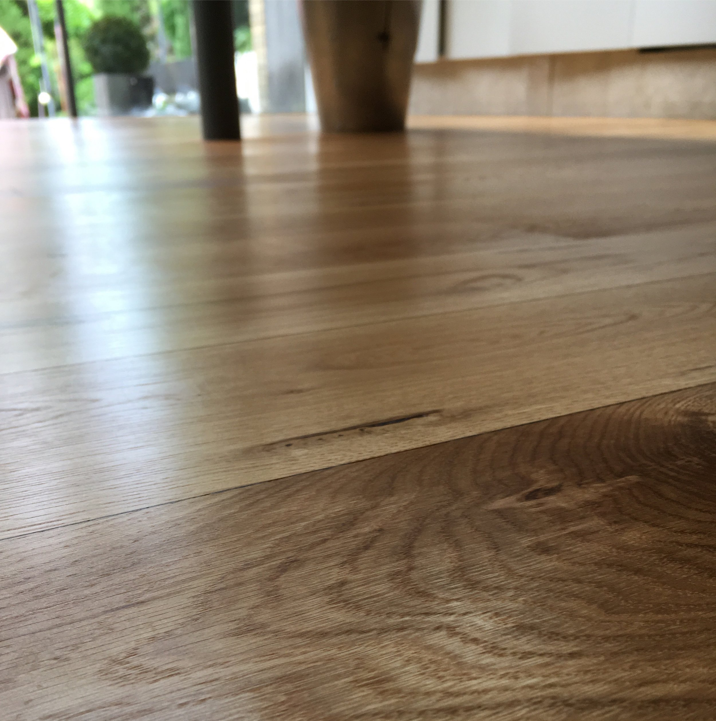 Oiled oak kitchen floor