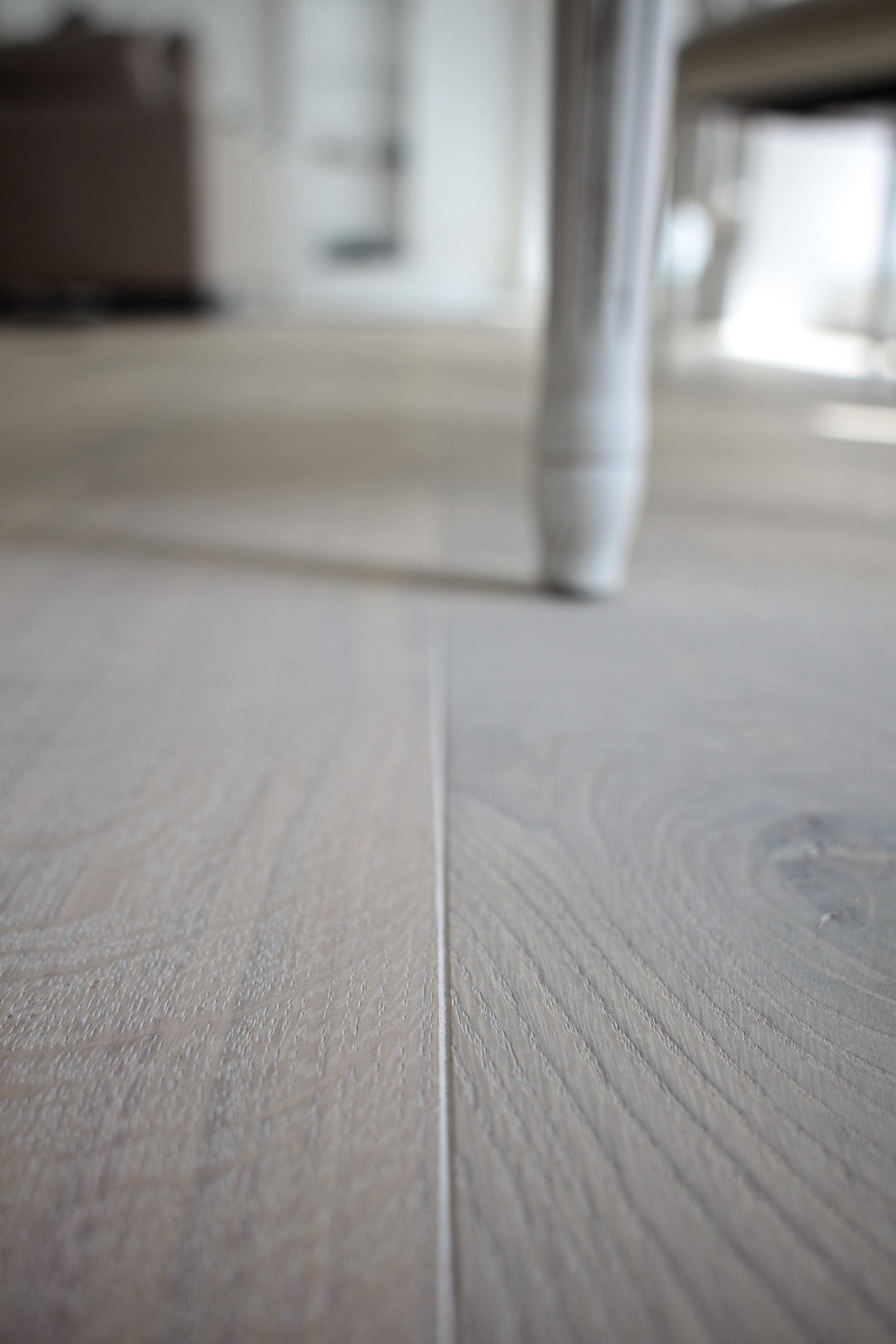 oak whitewash floor