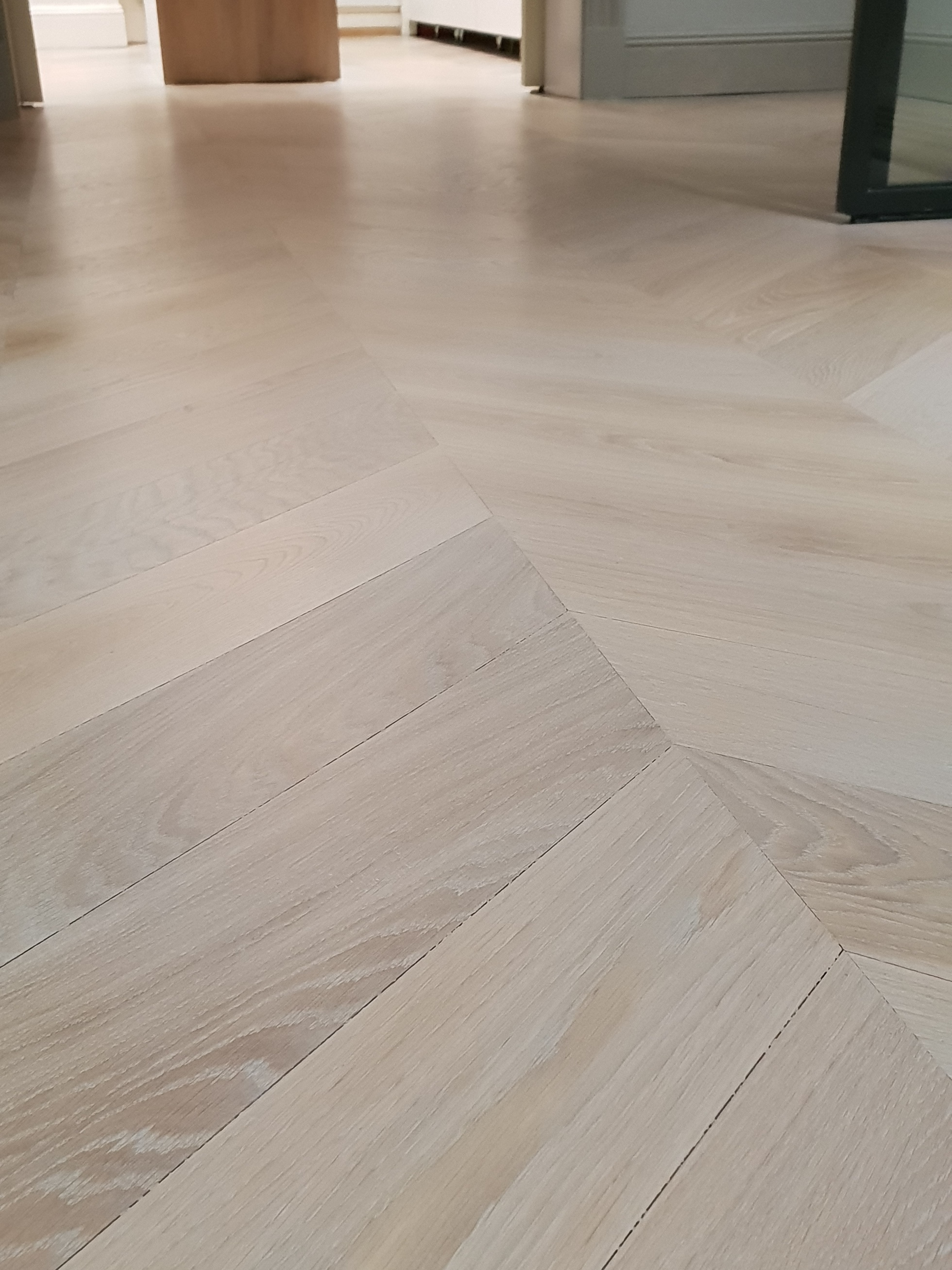 oak white tinted floor