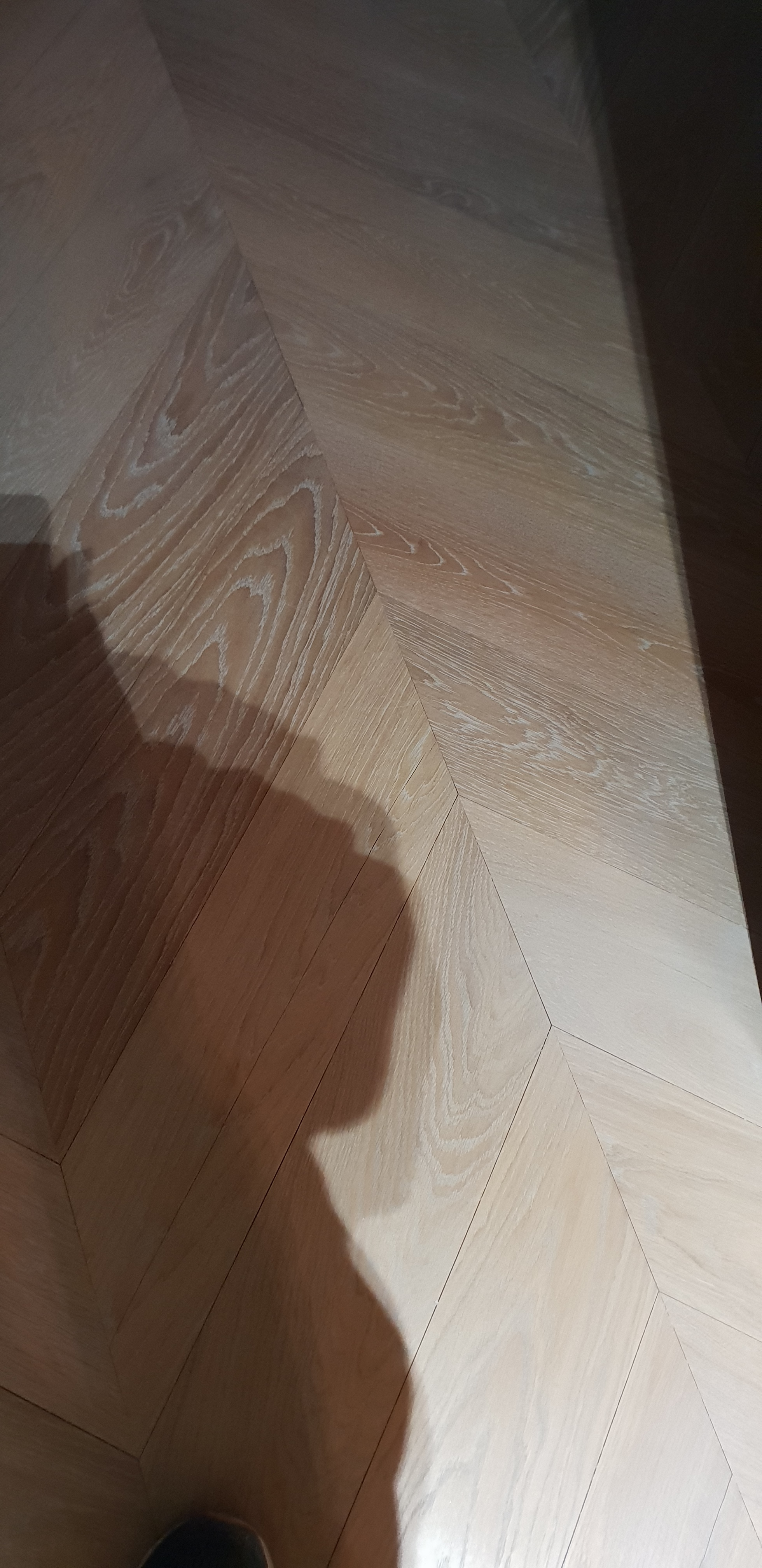 whitened chevron oak parquet