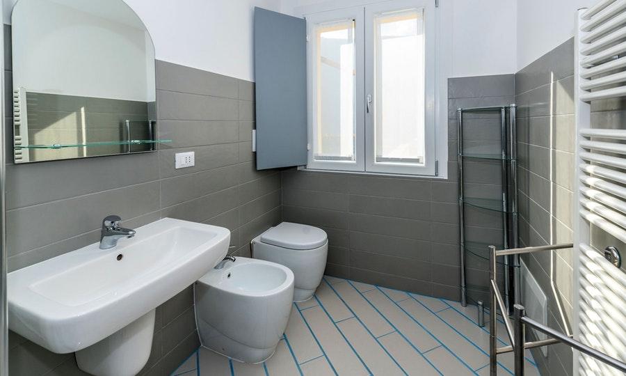 Apartment 13 bathroom.jpg