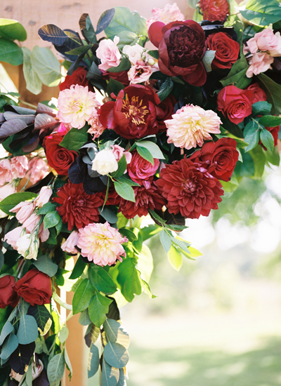 red-ceremony-flowers.jpg