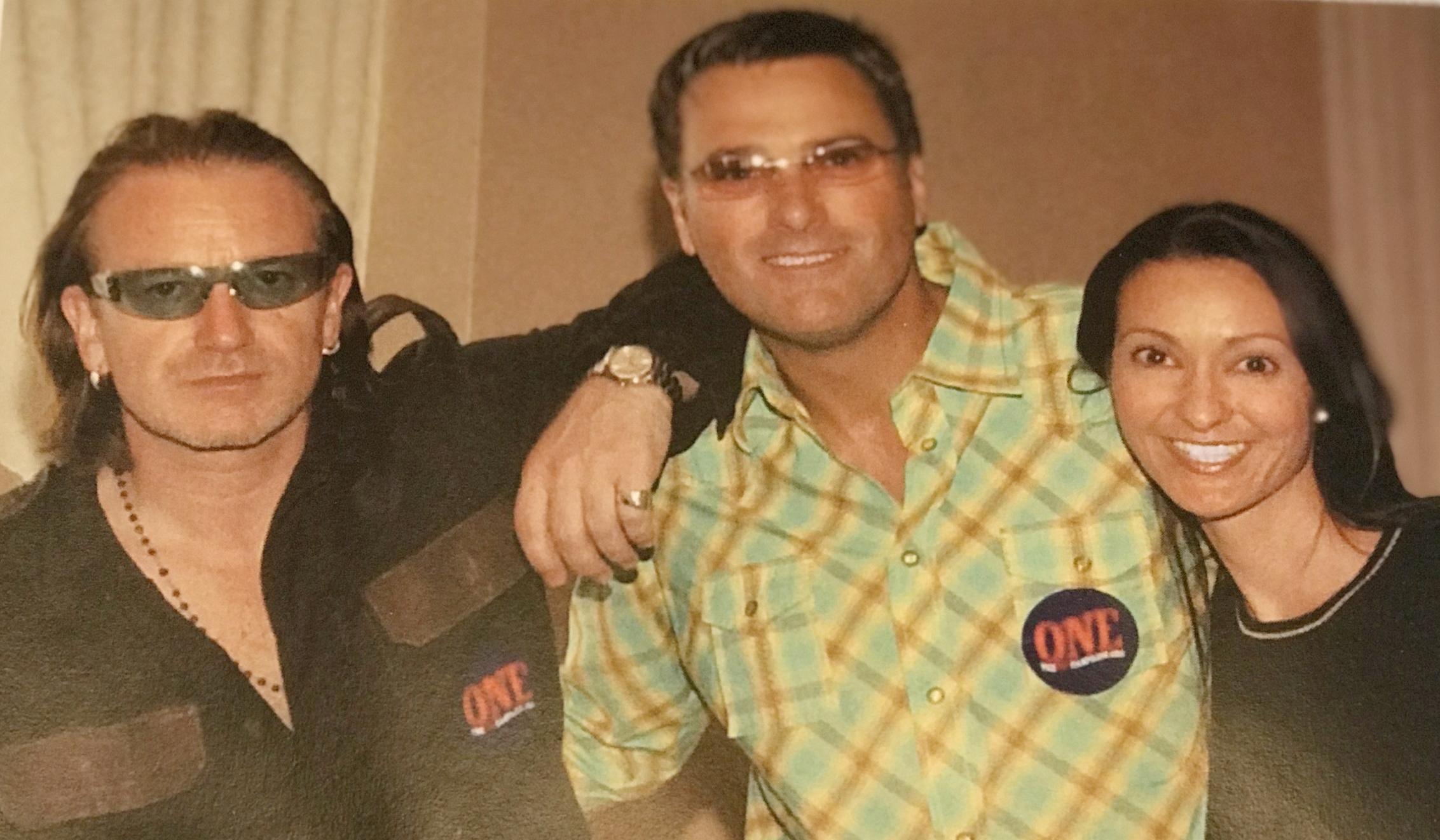 Bono, Michael W. Smith, Jackie Marushka in Philadelphia, May 18, 2004