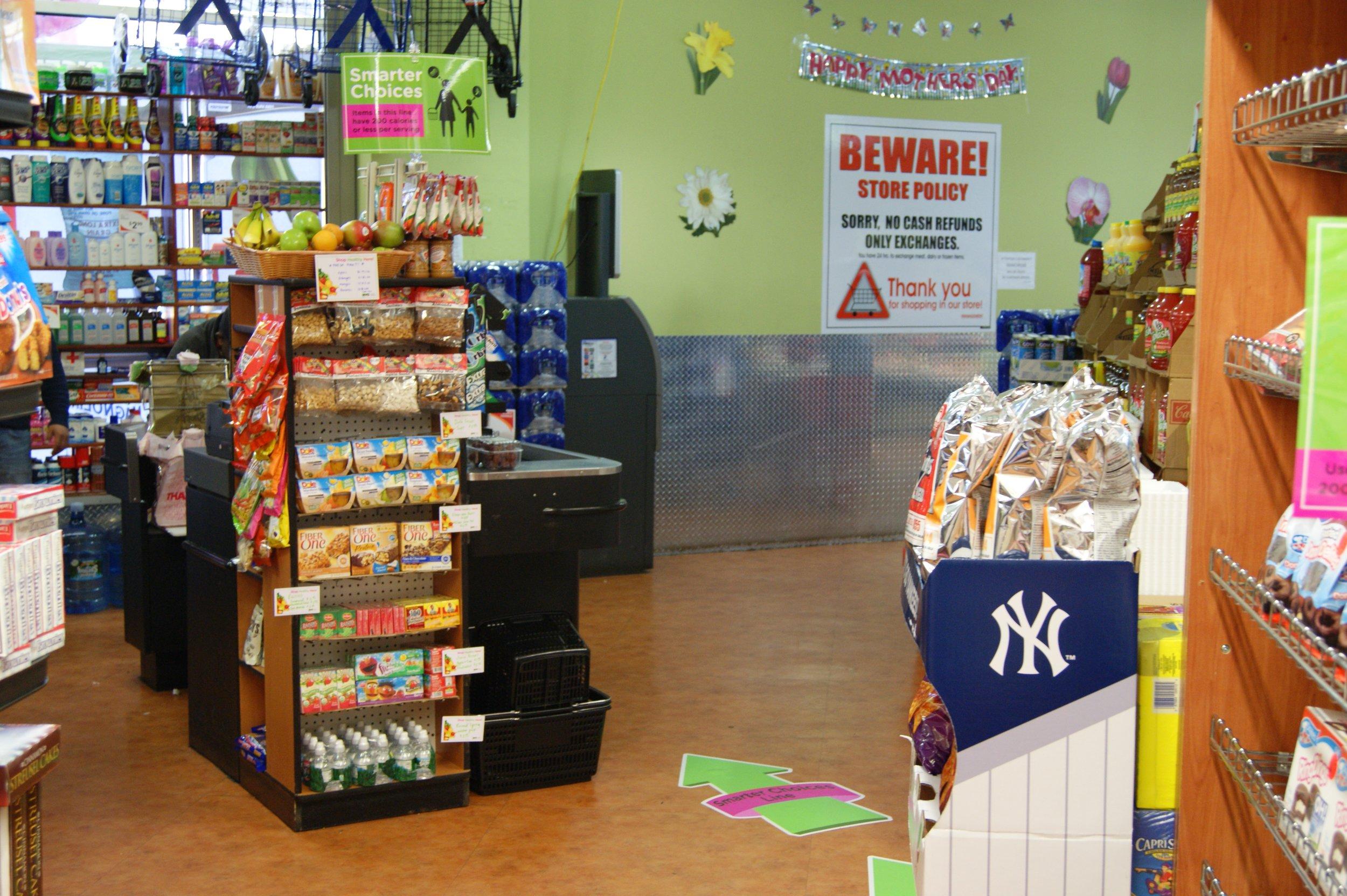 A Shop Healthy NYC participating retailer.