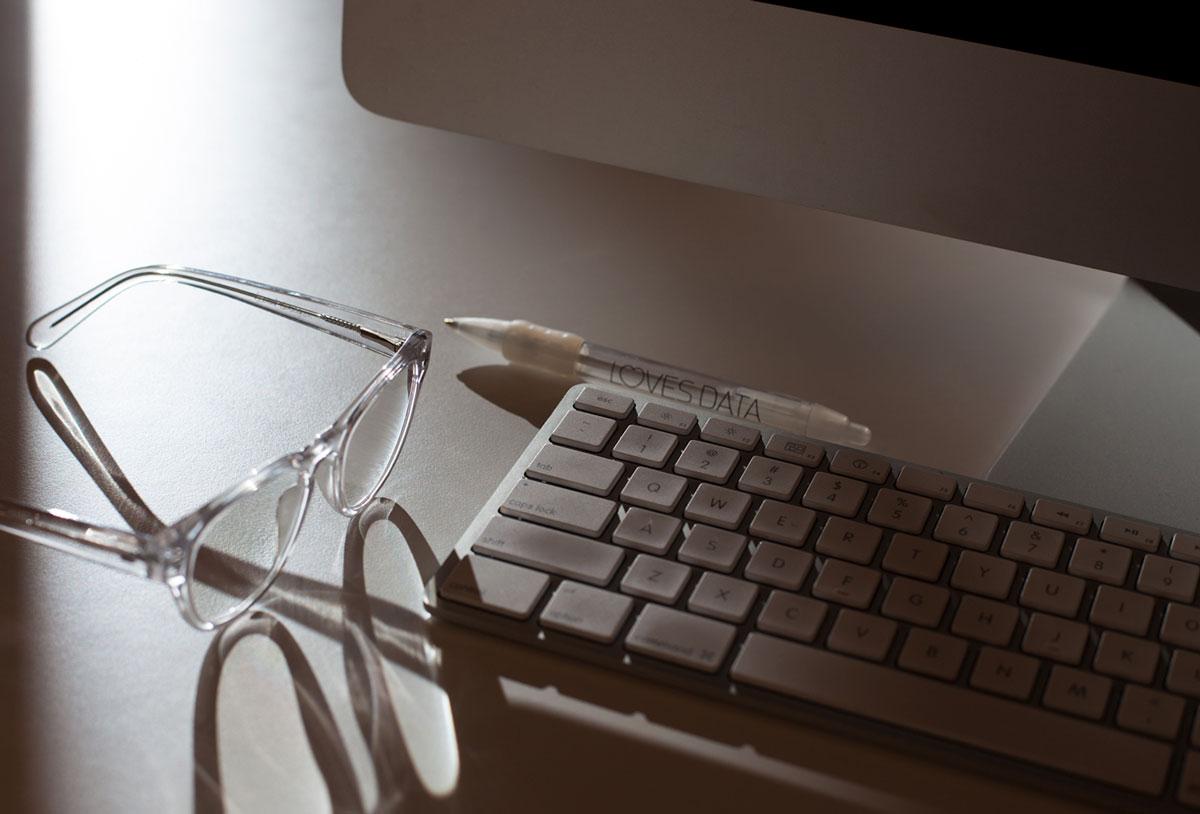 banner-glasses.jpg