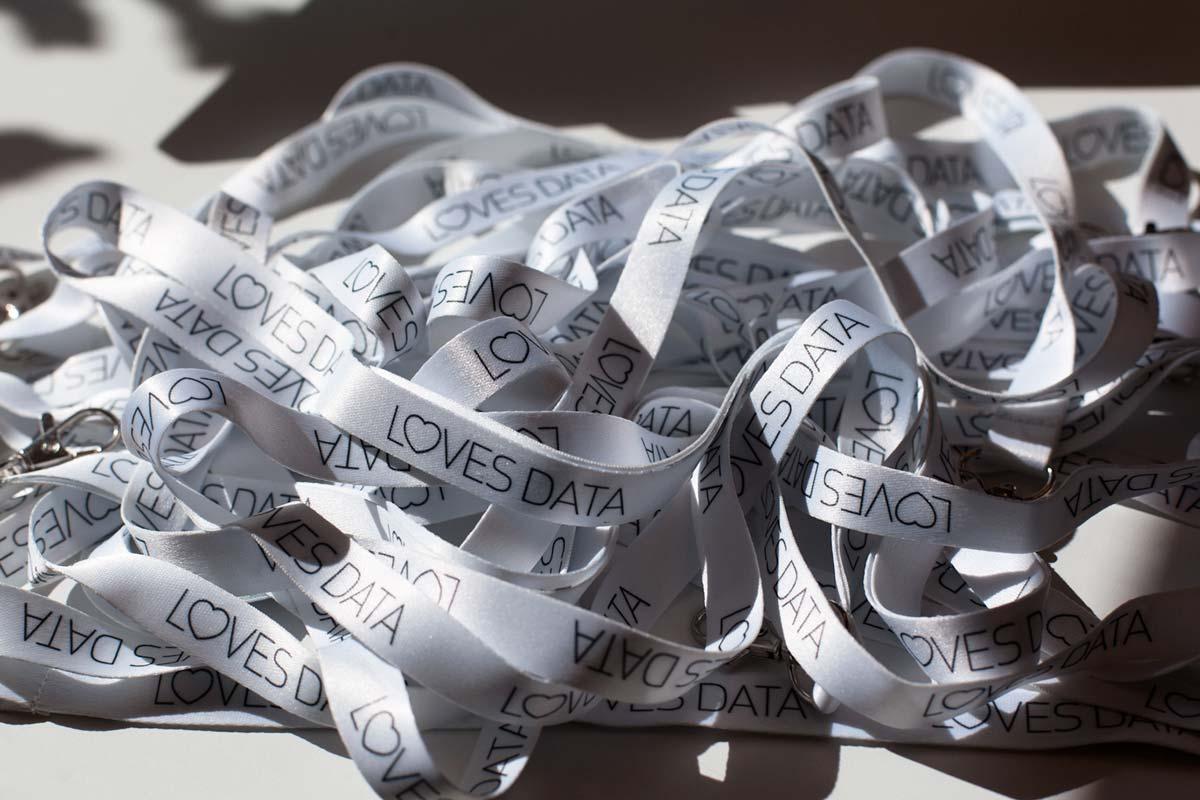 banner-ribbons.jpg