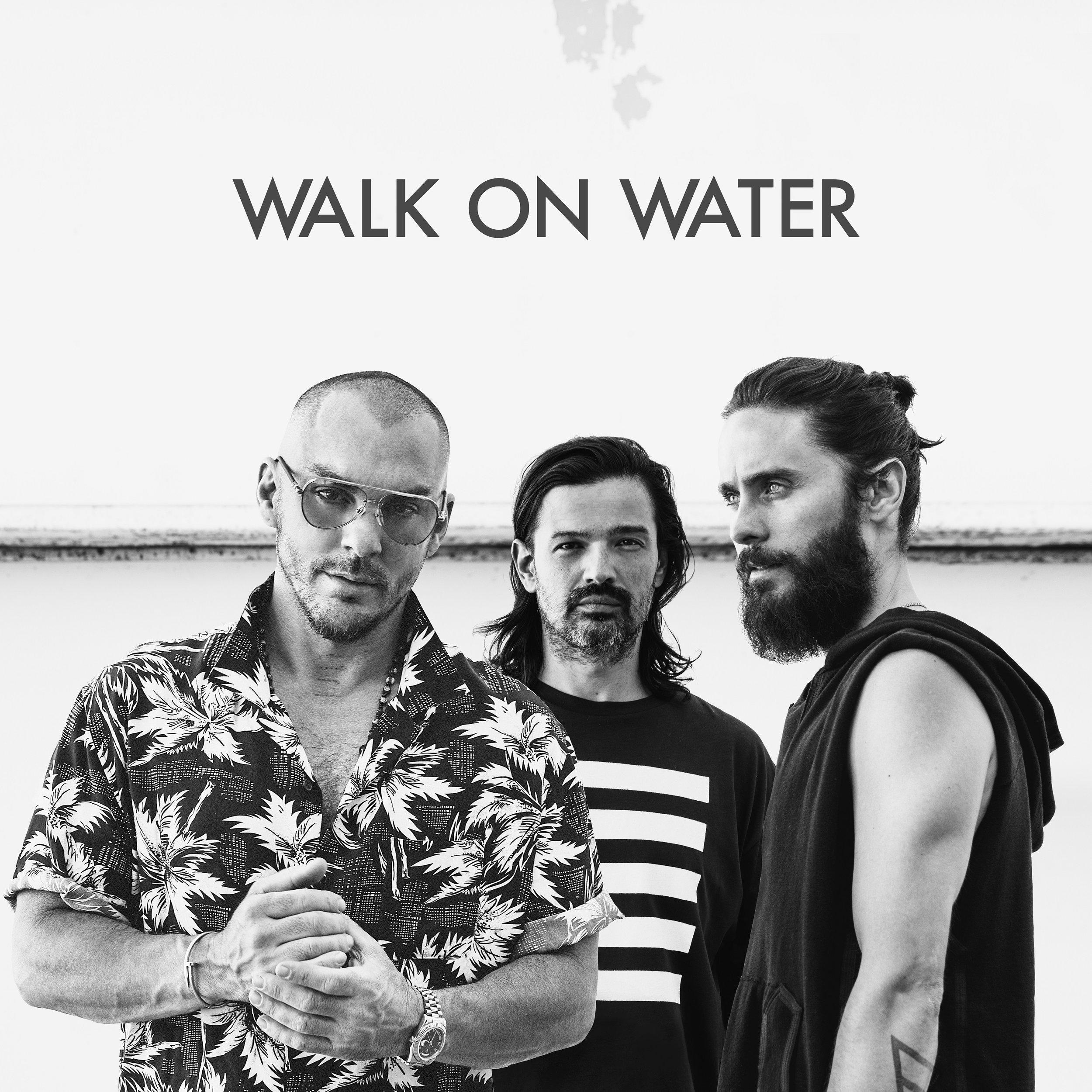 04. Walk.jpg