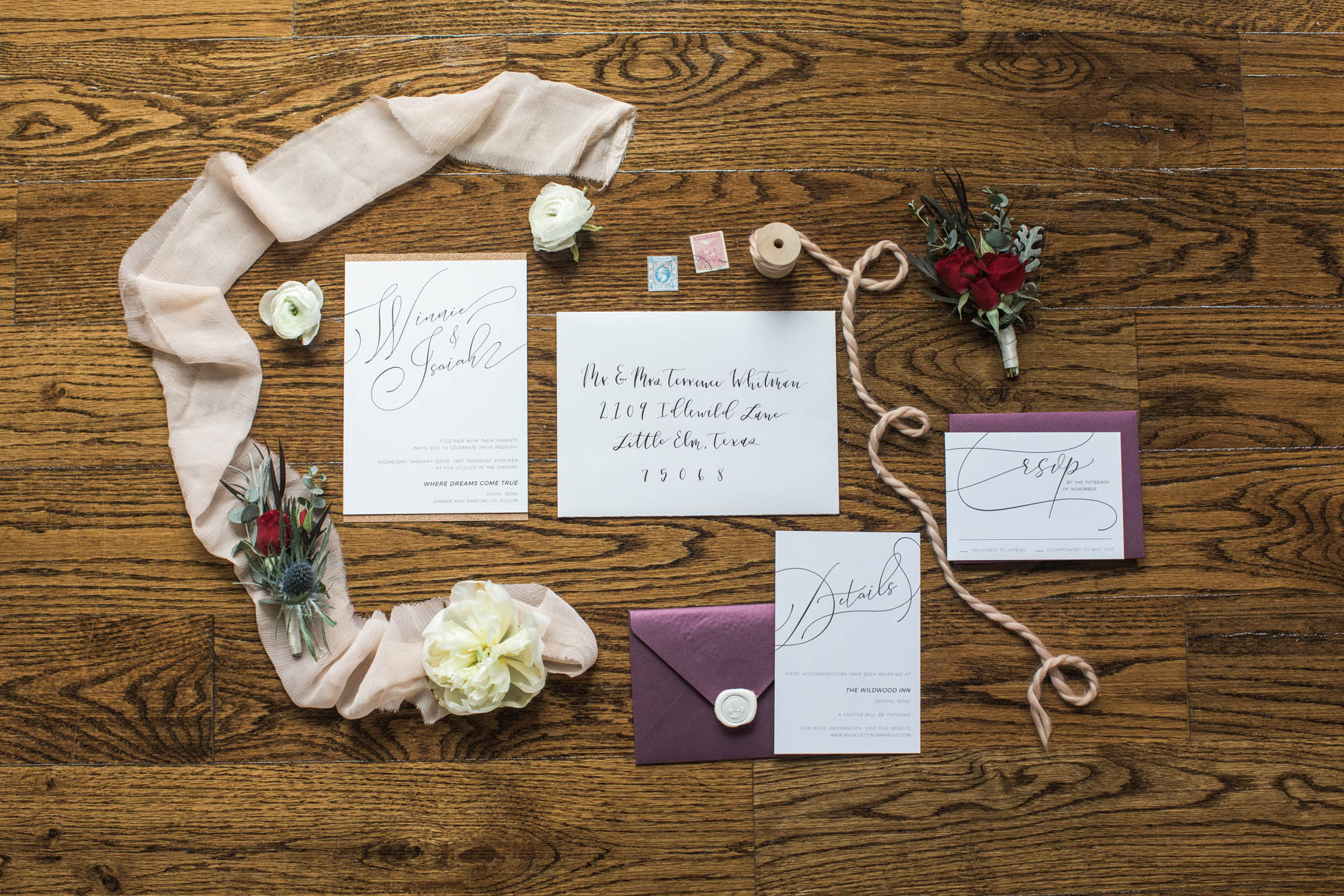HandsofHollisWeddingInvitationsinDallasTexas28.jpg