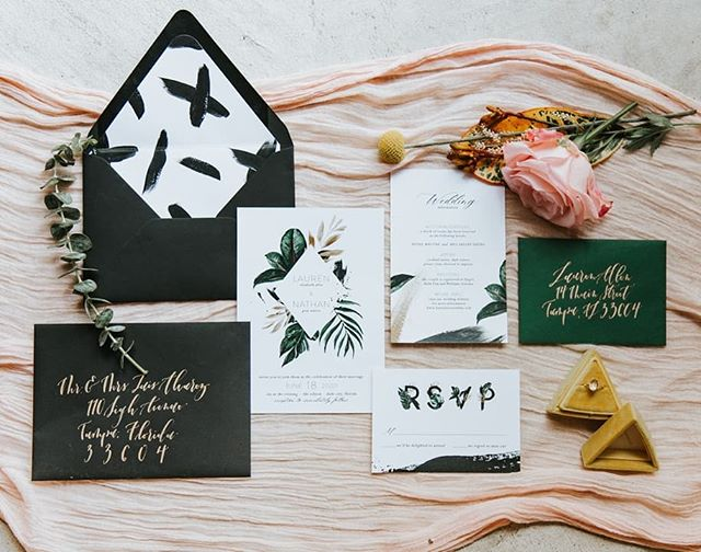 THIS is goin' out with a BANG y'all! 2019 was my biggest year over here at HoH and this feature over at @greenweddingshoes is the icing on the cake! 🖤 ⠀⠀⠀⠀⠀⠀⠀⠀⠀ Go see all the amazing photos with the link in my bio and stick around for more loveliness peppering your feed in the coming days. ⠀⠀⠀⠀⠀⠀⠀⠀⠀ Photographer | @angieandmarko⠀⠀⠀⠀⠀⠀⠀⠀⠀ Stationery | @handsofhollis⠀ Calligraphy | @wordsmadesemple Bride | @imlaurenallen⠀⠀⠀⠀⠀⠀⠀⠀⠀ Groom | @nathangwaters⠀⠀⠀⠀⠀⠀⠀⠀⠀ Hair + Makeup | @mistibluday⠀⠀⠀⠀⠀⠀⠀⠀⠀ Dress | @siradpion⠀⠀⠀⠀⠀⠀⠀⠀⠀ Cake | @annahightower⠀⠀⠀⠀⠀⠀⠀⠀⠀ Signage | @chicsigndesigns⠀⠀⠀⠀⠀⠀⠀⠀⠀ Florist | @fernandcurldesigns⠀ Ring | @rawbyoliviamar⠀⠀⠀⠀⠀⠀⠀⠀⠀ Decor | @flockdecor⠀⠀⠀⠀⠀⠀⠀⠀⠀ Ring box | @thevelvetgardenringbox⠀⠀⠀⠀⠀⠀⠀⠀⠀ Video | @uptownandmore⠀⠀⠀⠀⠀⠀⠀⠀⠀ Venue | @theedisonweddingsevents⠀⠀⠀⠀⠀⠀⠀⠀⠀