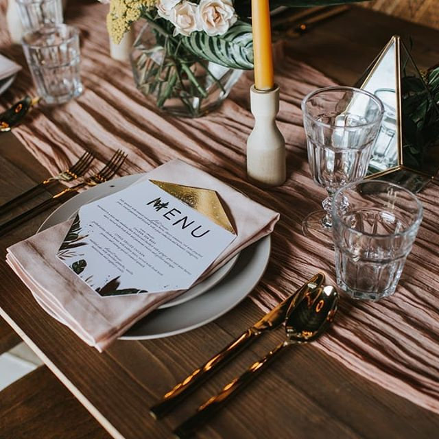 It's been SO much fun showing off these last few big features of the year with y'all! I have worked with some amazing vendors both here in Dallas and across the country as well as some of the coolest brides. I consider myself so everloving lucky to create what I love every single day. And these gold-foiled, heptagon shaped menus were no exception! In fact, this whole tablescape is just like one big dream. 🖤  Photographer | @angieandmarko Stationery | @handsofhollis Calligraphy | @wordsmadesemple Bride | @imlaurenallen Groom | @nathangwaters Hair + Makeup | @mistibluday Dress | @siradpion Cake | @annahightower Signage | @chicsigndesigns Florist | @fernandcurldesigns Ring | @rawbyoliviamar Decor | @flockdecor Ring box | @thevelvetgardenringbox Video | @uptownandmore Venue | @theedisonweddingsevents ⠀⠀⠀⠀⠀⠀⠀⠀⠀
