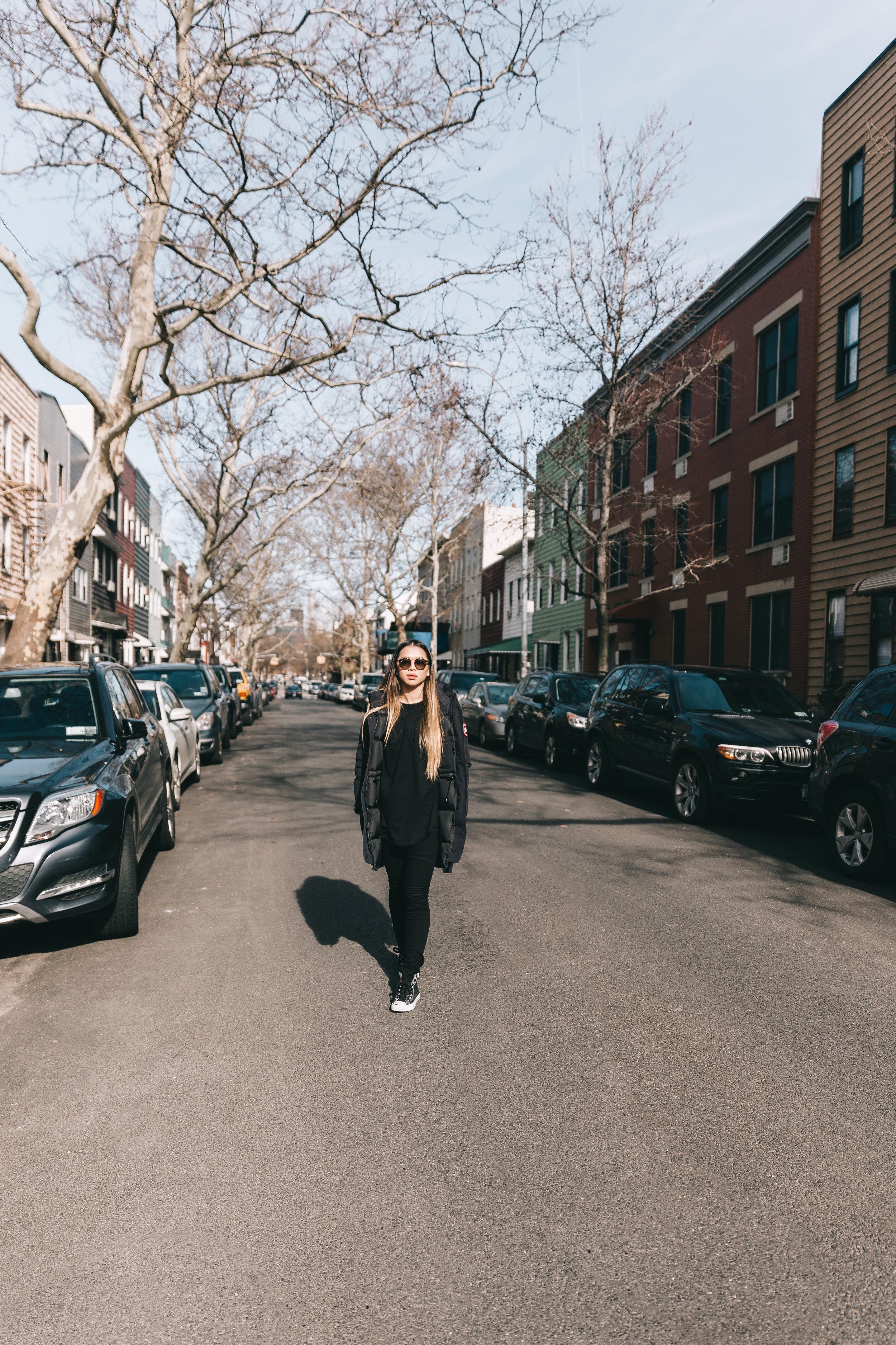 @DaniellePhotographySA_Juliana_NYC_Willamsburg4.jpg