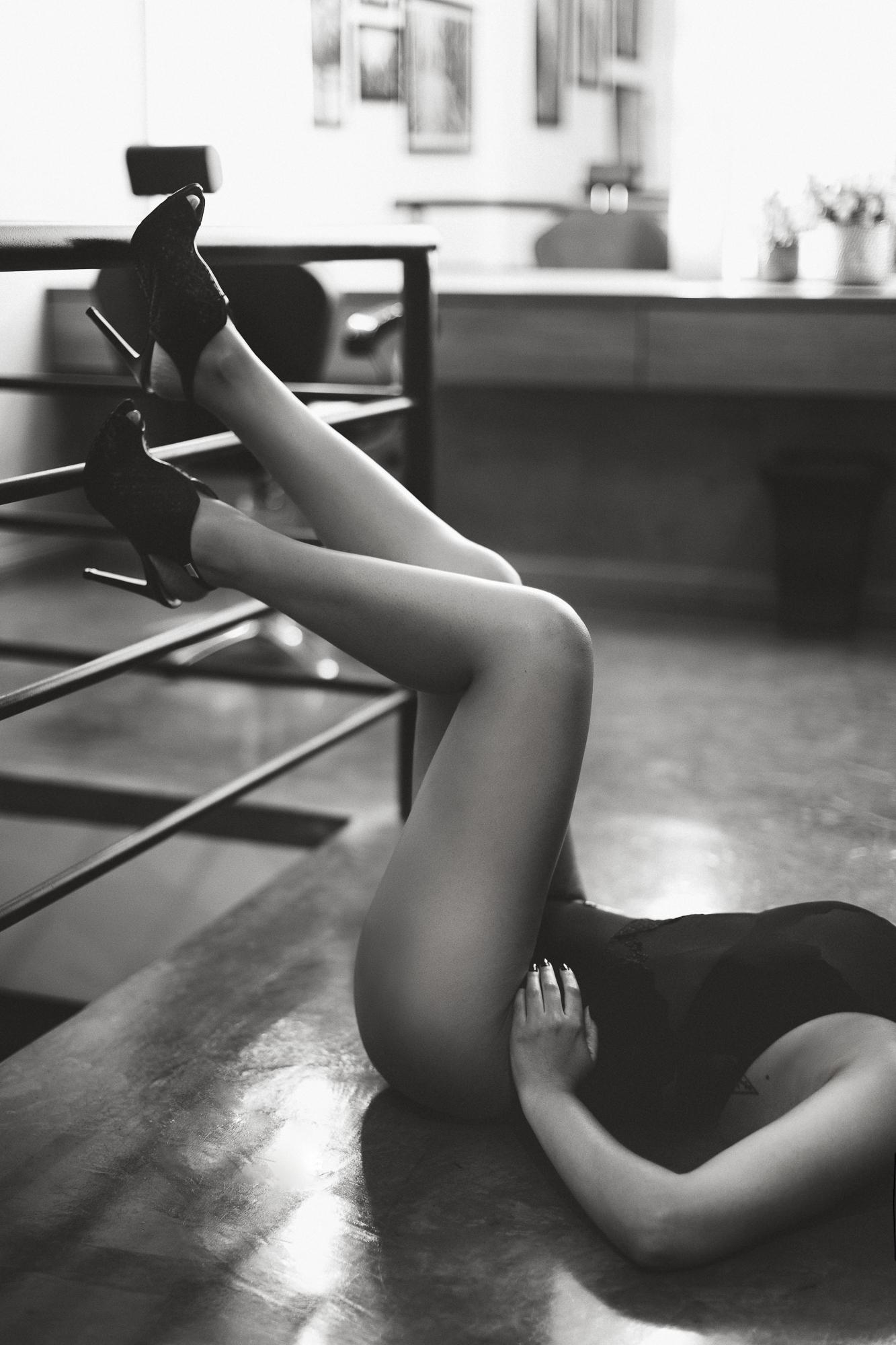 @daniellephotographysa_boudoir-10.jpg