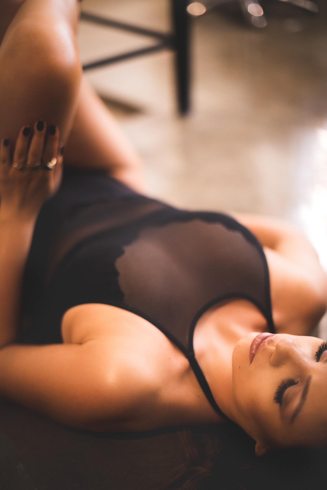 @daniellephotographysa_boudoir-12.jpg