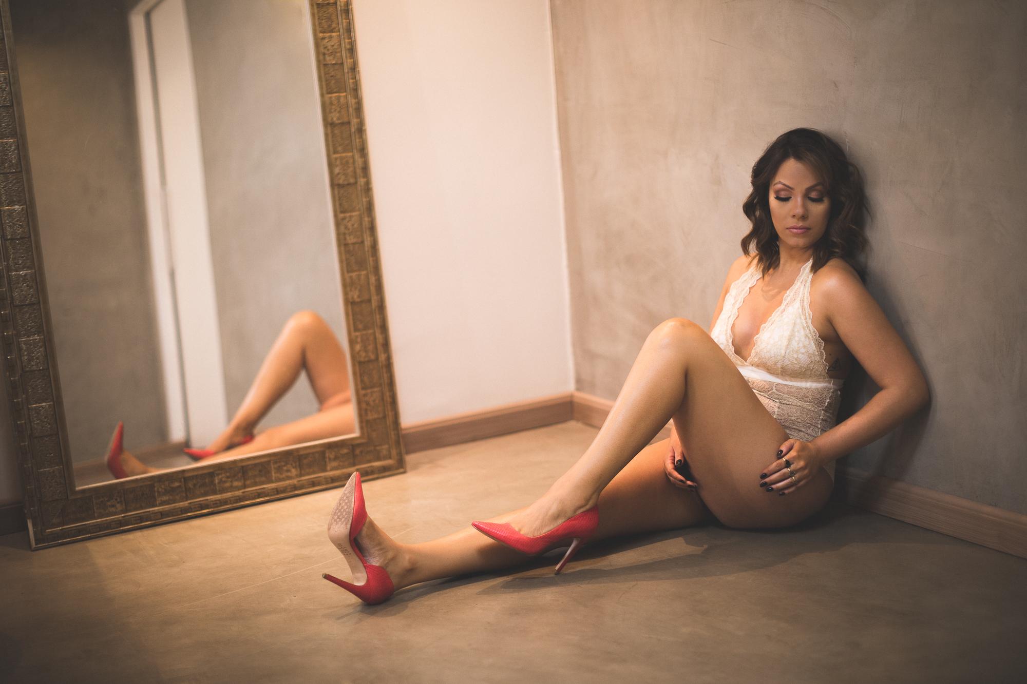 @daniellephotographysa_boudoir-15.jpg