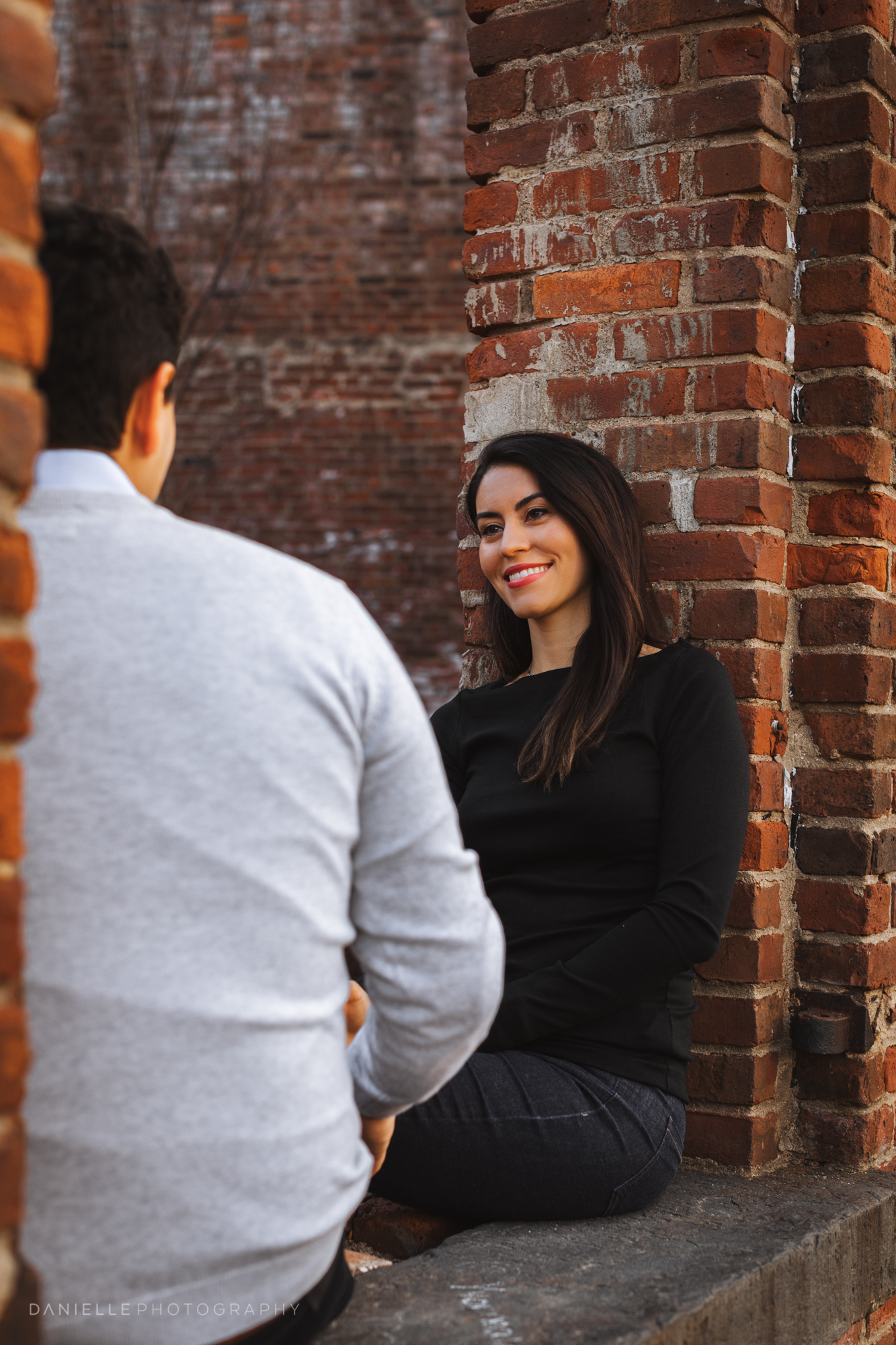 @DaniellePhotographySA_New_York_Engagement_DUMBO-18.jpg